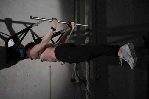 back lever on chin up bar