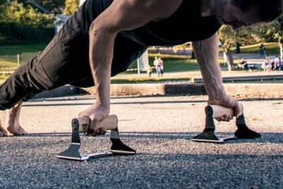 reverse grip push-ups