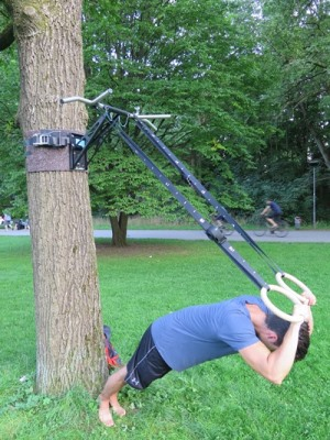 ring triceps press