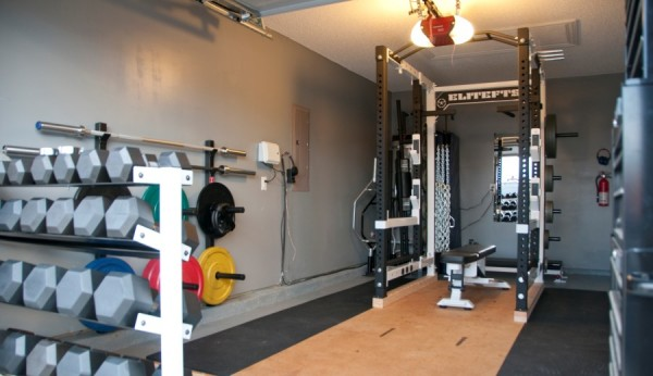 krafttraining-zuhause-home-gym